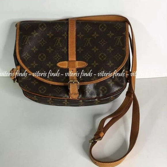 Louis Vuitton Handbags - Louis Vuitton messenger bag